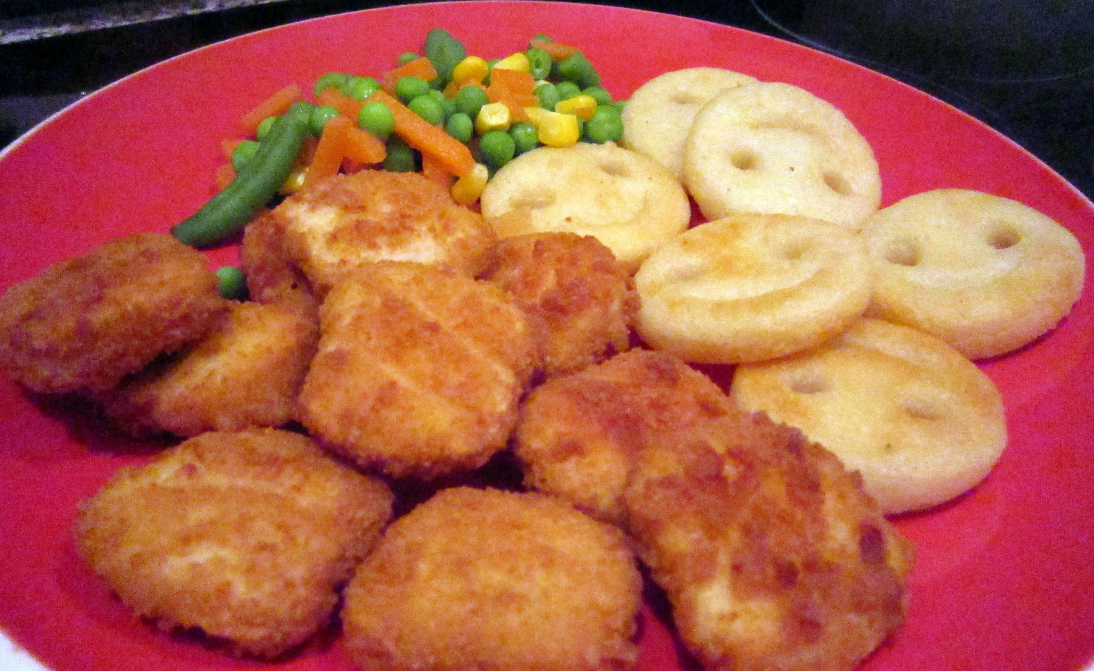 chicken nuggets plate