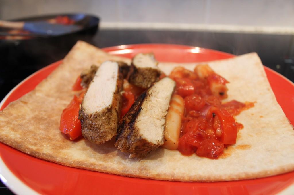 gluten-free chicken fajita wrap