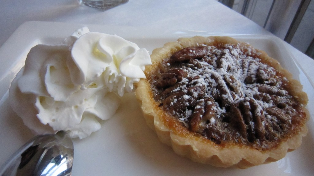 gluten free pecan pie at lilli and loo