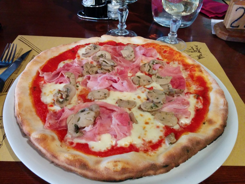 Gluten free pizza at Al Torchio, Tignale